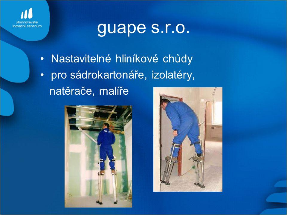 guape s.r.o. Nastavitelné hliníkové chůdy pro sádrokartonáře, izolatéry, natěrače, malíře