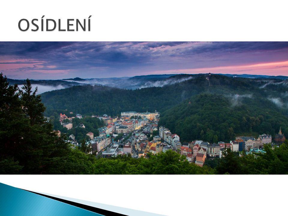  Má 134 obcí  Hustota zalidnění je 91,5 obyvatel/km2  Dělí se na 3 okresy ( Karlovy vary, Cheb, Sokolov )