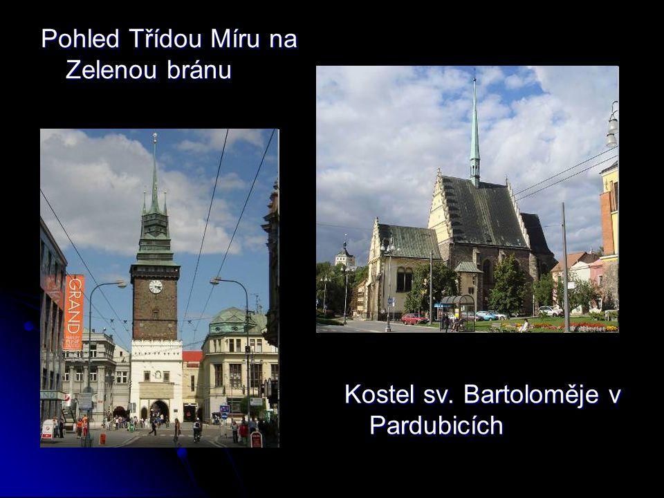 Chrudim je okresní město v Pardubickém kraji, je okresní město v Pardubickém kraji, 110 km východně od Prahy, si 11 km jižně od Pardubic.