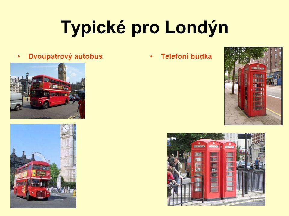 Typické pro Londýn Dvoupatrový autobusTelefoní budka