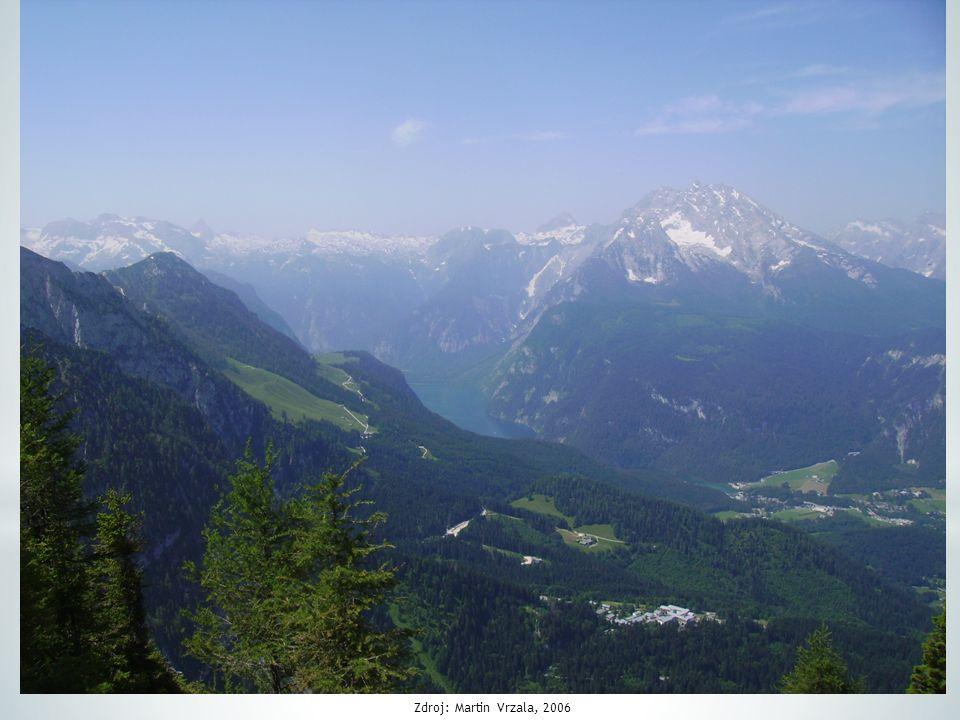 * 60 % plochy zaujímají Alpy * centrální horské pásmo Taury (Grossglockner 3797 m n.