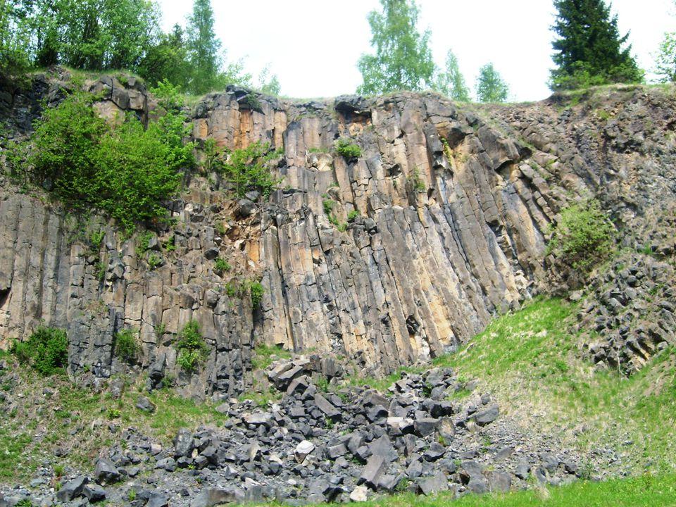 Lávový proud u Meziny přírodní památka celková rozloha 1,22 ha vyhlášená v roce 1997 Nachází se nedaleko severozápadního břehu vodní nádrže Slezská Harta.