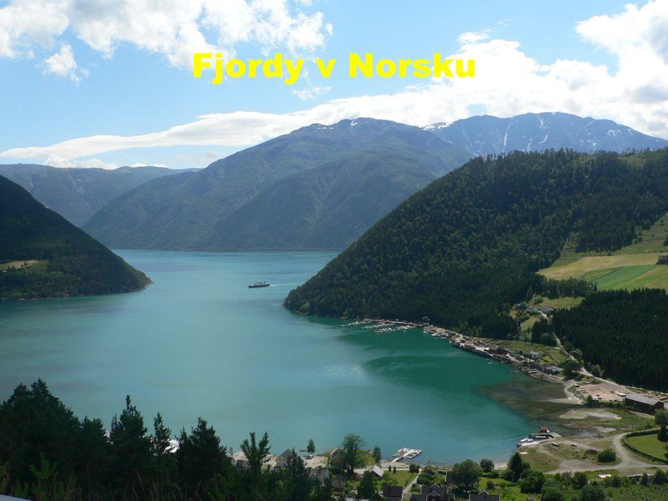 Fjordy v Norsku