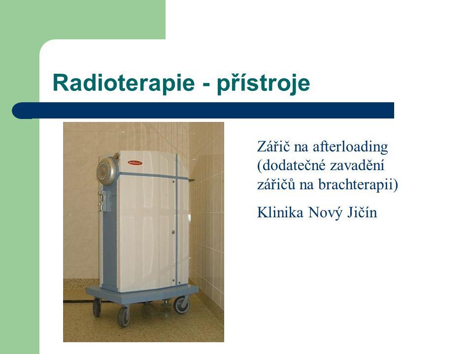 Radioterapie - přístroje Zářič na afterloading (dodatečné zavadění zářičů na brachterapii) Klinika Nový Jičín