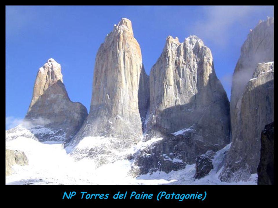 Svítání na Torres del Paine