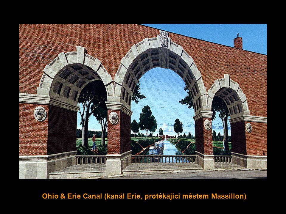 A Century of Heroes (století hrdinů) Lincoln Way East, město Massillon v Ohiu