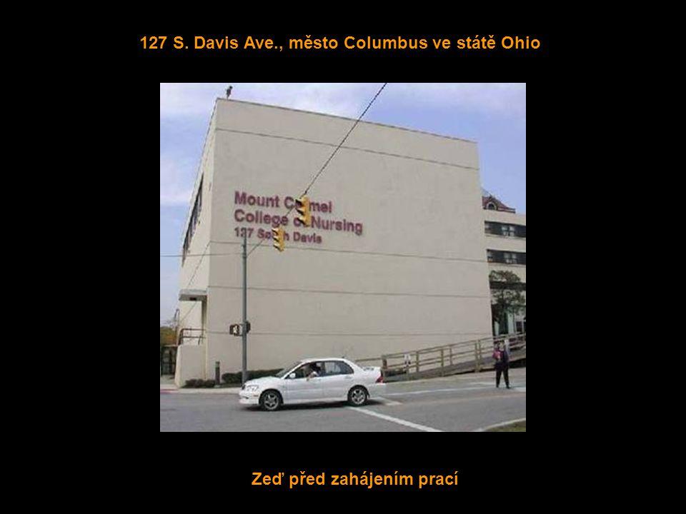 Zeď před zahájením prací 127 S. Davis Ave., město Columbus ve státě Ohio
