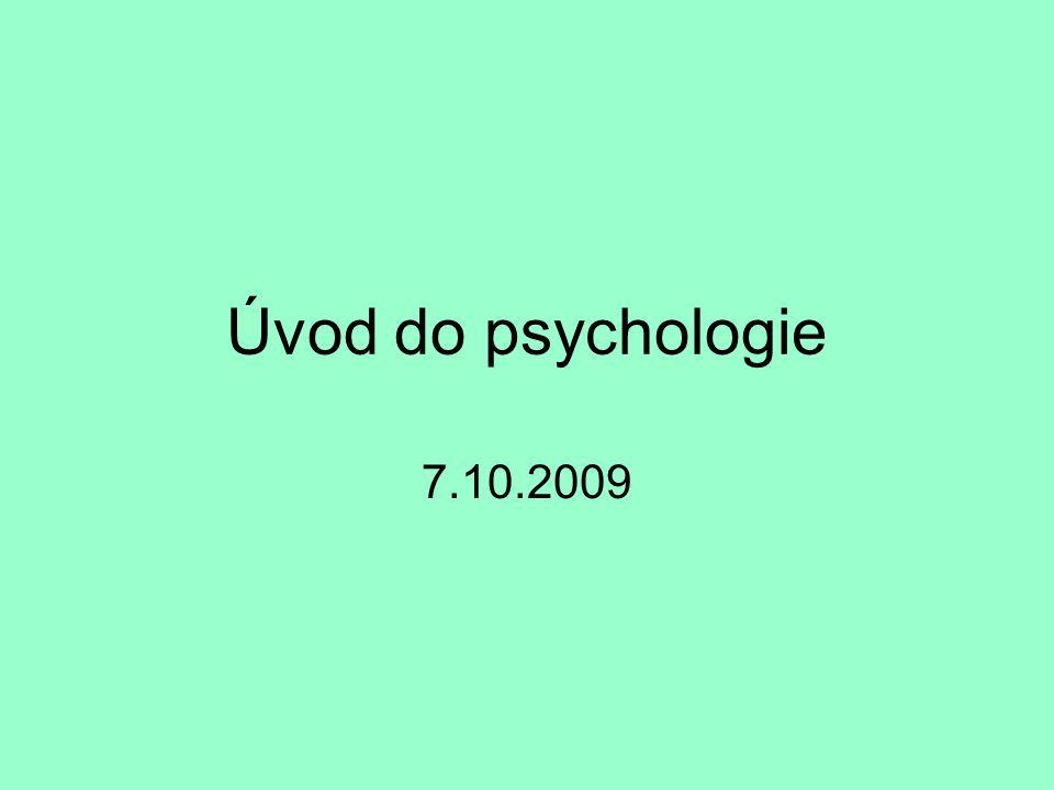 Akademické hodnosti student Jan Novák -nastoupil do magisterského studijního programu psychologie – po pěti těžkých letech se stává magistrem (Mgr.) -Magisterský program – dva cykly (obecná a aplikovaná část)