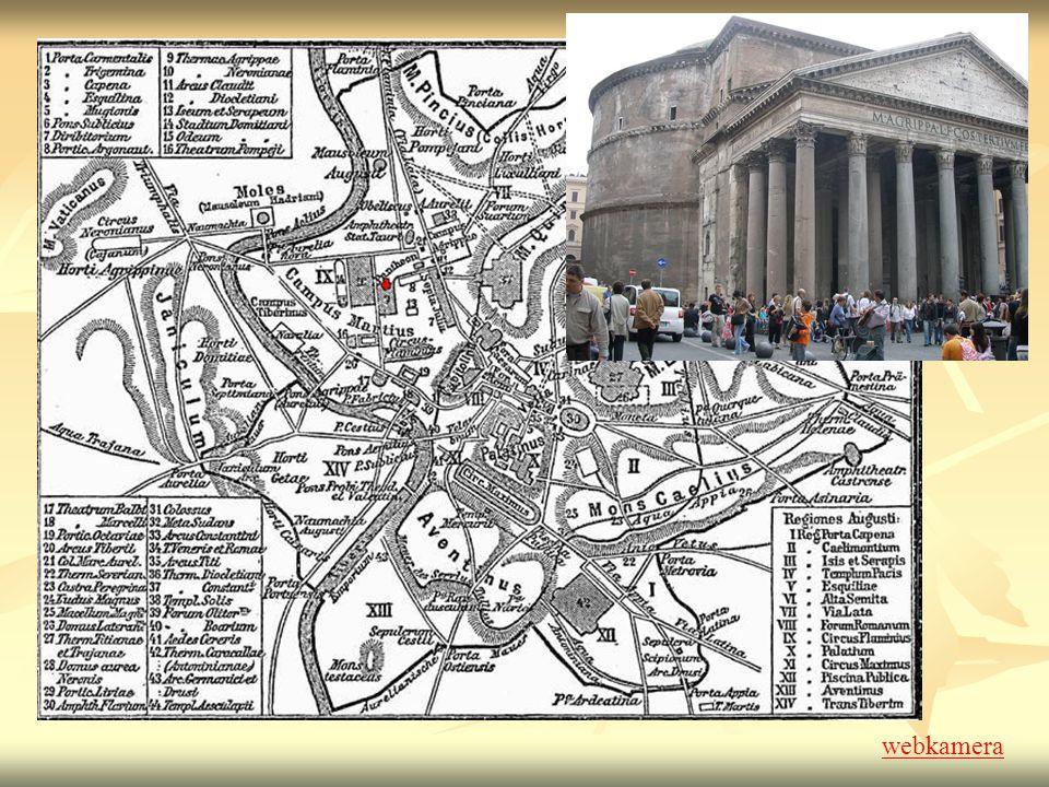 Nápis na tympanonu: M AGRIPPA L F COS TERTIVM FECIT M(arcus) Agrippa L(ucii)F(ilius) CO(n)S(ul) TERTIVM FECIT Postavil Marcus Agrippa, syn Lucia, potřetí zvolený konzulem.