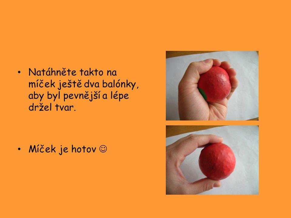 Fámy o žonglování Žonglovat, je ten nejtěžší způsob jak dělat nepotřebné..