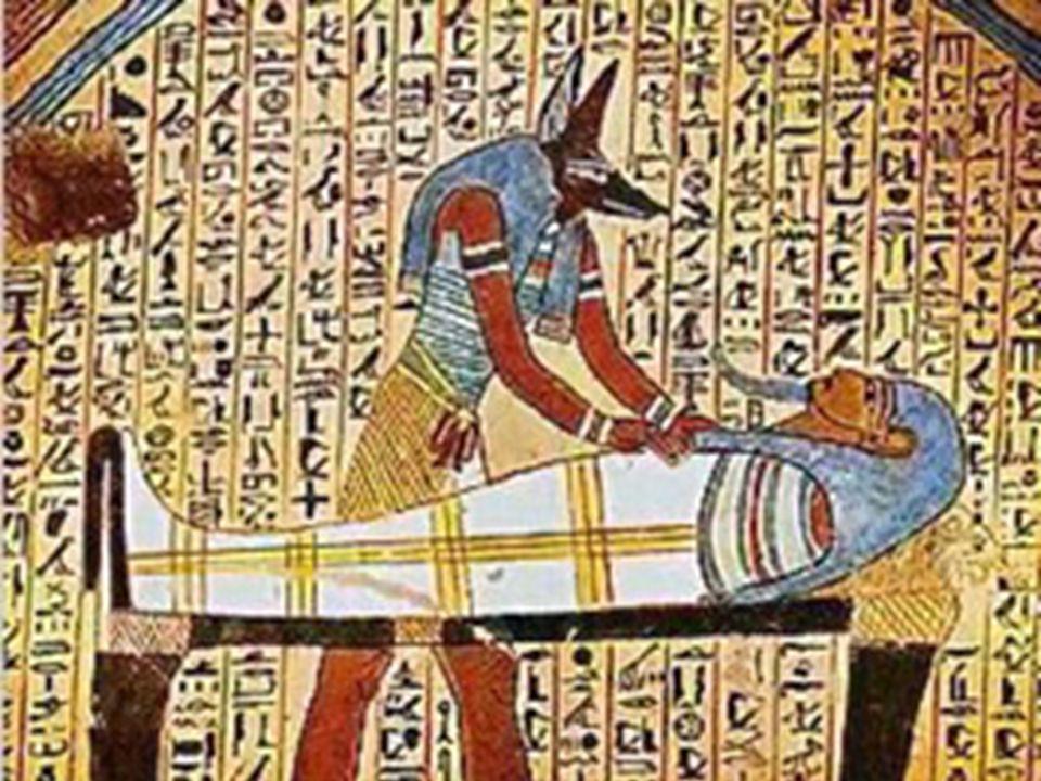 Mumifikace  Pro život na onom světě se muselo uchovat tělo nebožtíka.  Postup při mumifikování:  1) Odborníci balzamovači vytáhli železným háčkem n