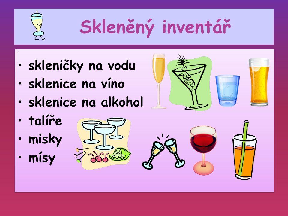 Skleněný inventář skleničky na vodu sklenice na víno sklenice na alkohol talíře misky mísy skleničky na vodu sklenice na víno sklenice na alkohol talí