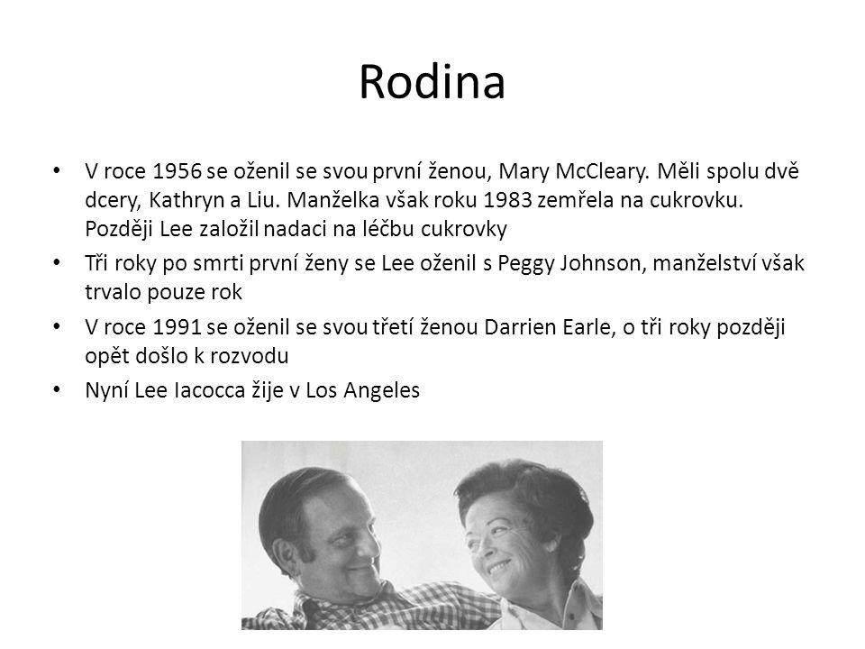Rodina V roce 1956 se oženil se svou první ženou, Mary McCleary.