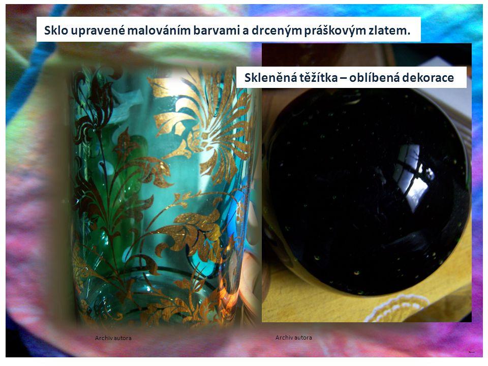 ©c.zuk Sklo upravené malováním barvami a drceným práškovým zlatem.