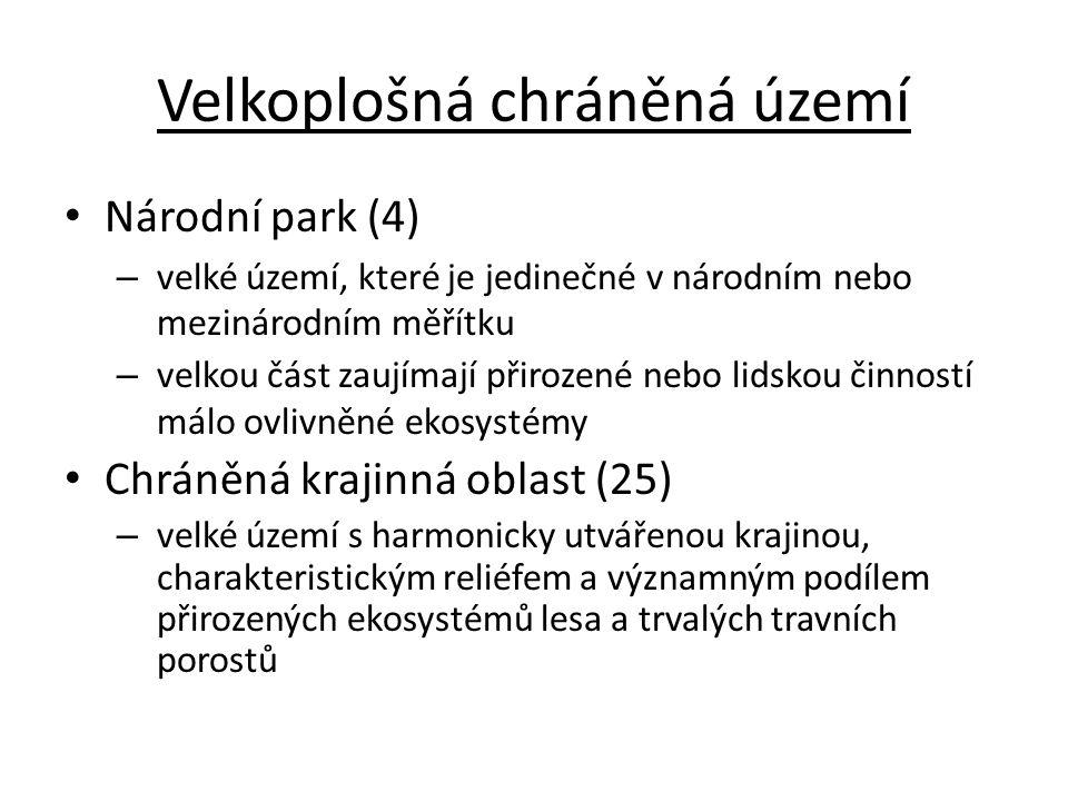 CHKO Lužické hory čedič, znělec, pískovec lesy ve vrcholových partiích, podhorské louky hora Velký buk 24.