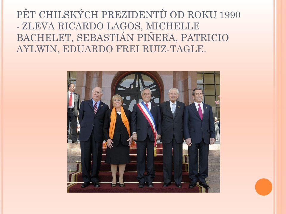 PĚT CHILSKÝCH PREZIDENTŮ OD ROKU 1990 - ZLEVA RICARDO LAGOS, MICHELLE BACHELET, SEBASTIÁN PIÑERA, PATRICIO AYLWIN, EDUARDO FREI RUIZ-TAGLE.