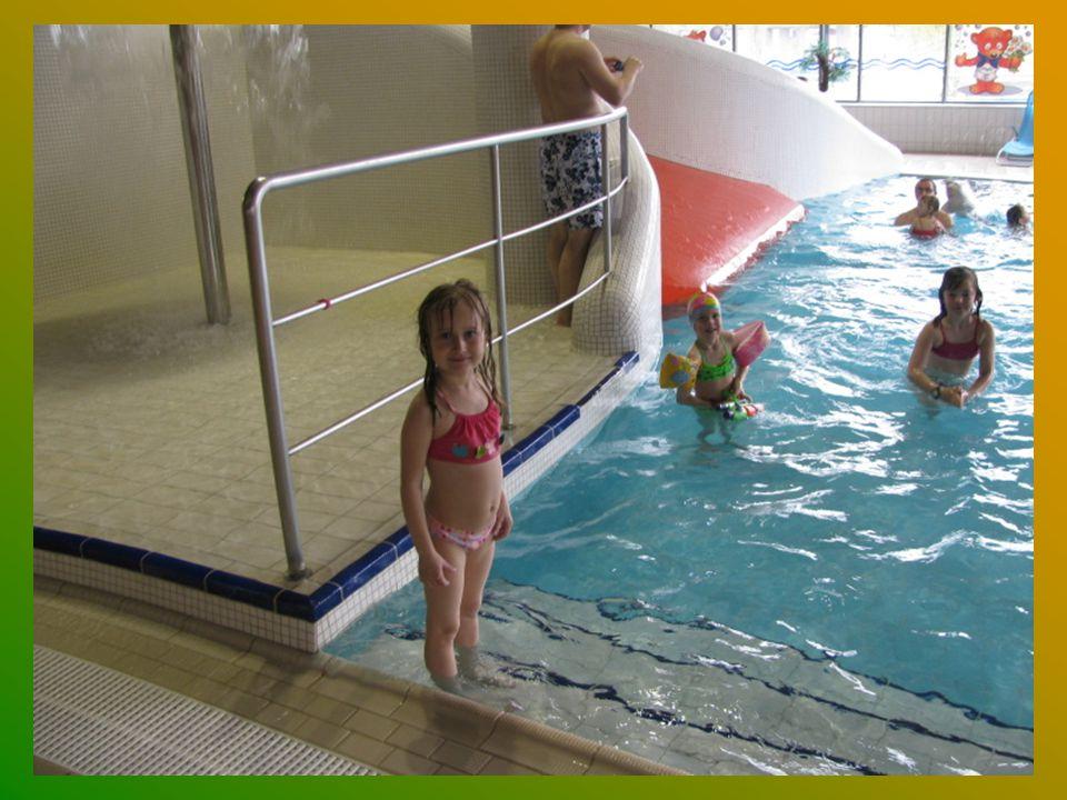 Podívejte se jak se nám moc líbilo v bazénu.