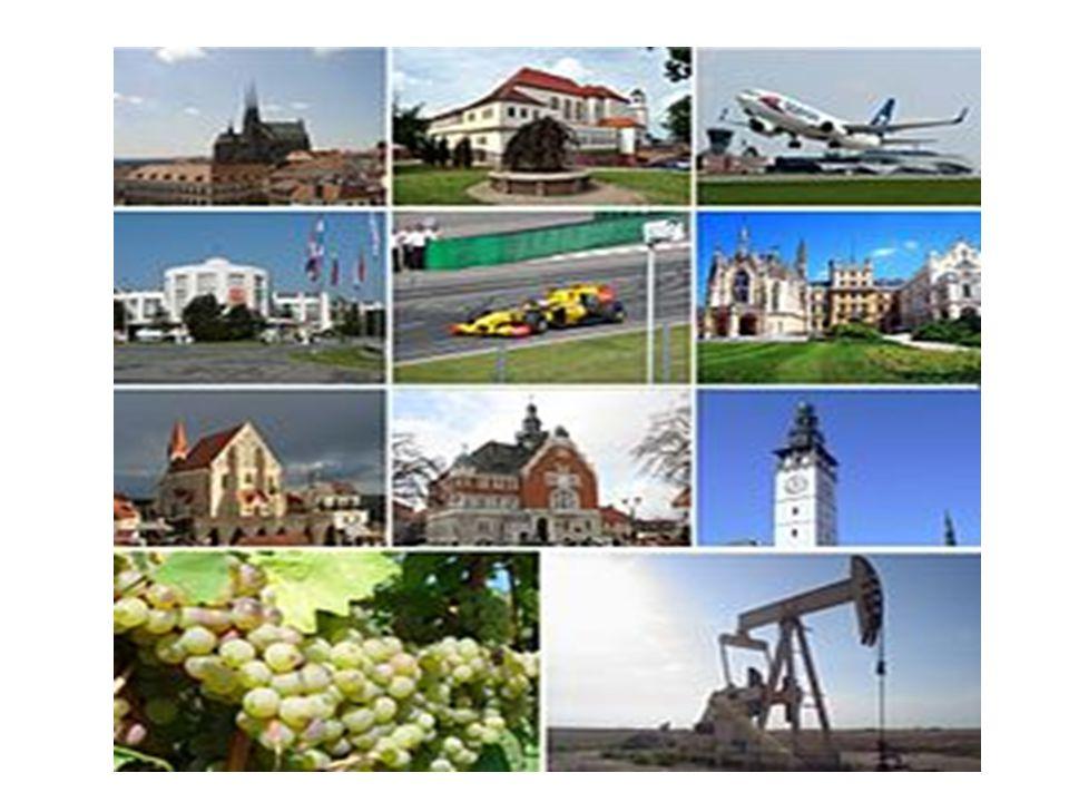 Vodstvo Celý kraj náleží k úmoří Černého moře a k povodí Dunaje, do kterého vody z kraje odvádí řeka Morava.