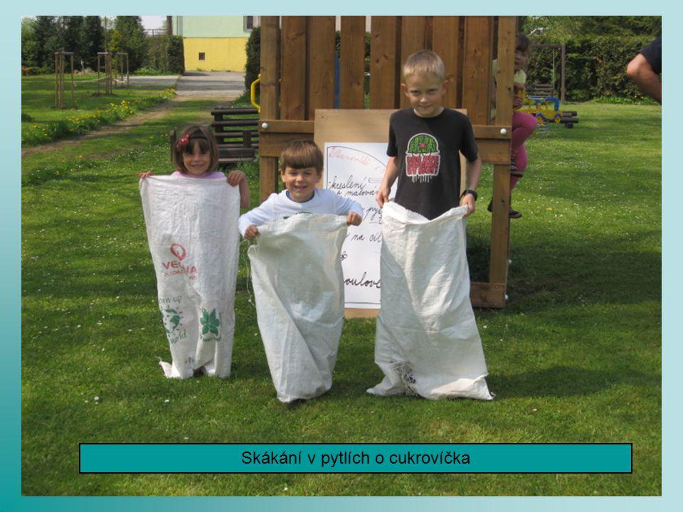 Děti hledaly Zelenohorský poklad a v Klášteře šmoulíky