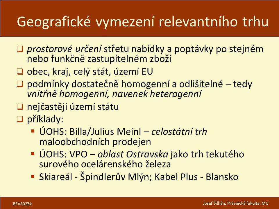 BEV502Zk Josef Šilhán, Právnická fakulta, MU  prostorové určení střetu nabídky a poptávky po stejném nebo funkčně zastupitelném zboží  obec, kraj, celý stát, území EU  podmínky dostatečně homogenní a odlišitelné – tedy vnitřně homogenní, navenek heterogenní  nejčastěji území státu  příklady:  ÚOHS: Billa/Julius Meinl – celostátní trh maloobchodních prodejen  ÚOHS: VPO – oblast Ostravska jako trh tekutého surového ocelárenského železa  Skiareál - Špindlerův Mlýn; Kabel Plus - Blansko Geografické vymezení relevantního trhu