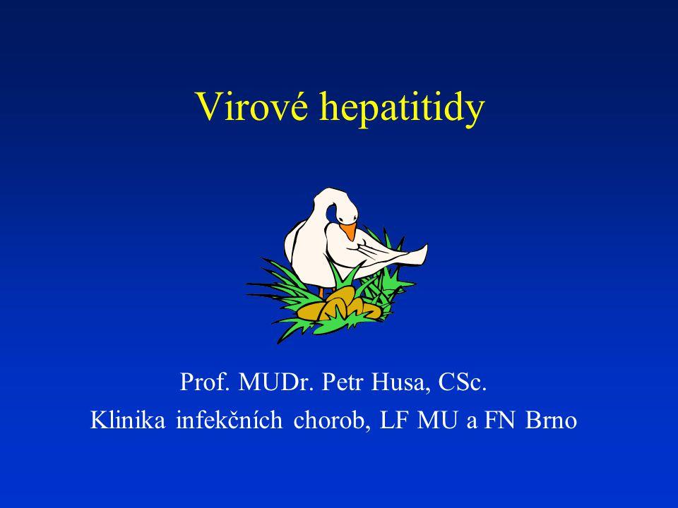 Virová hepatitida C velký globální zdravotnický problém asi 3% světové populace chronicky infikována v rozvinutých zemích tvoří asi 20 % všech akutních VH, 70 % chronických VH, 40 % cirhóz, 60 % karcinomů jater a indikace k 30 % transplantací jater v České republice prevalence podle výsledků sérologických přehledů byla v roce 2001 0,2 % není možnost ani aktivní, ani pasivní imunizace