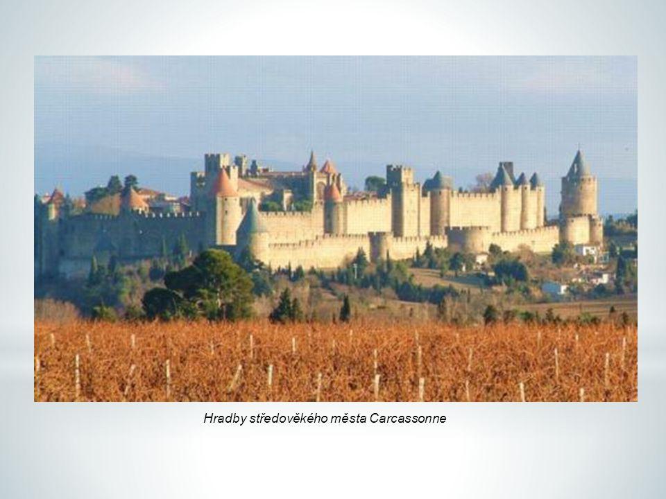 Hradby středověkého města Carcassonne