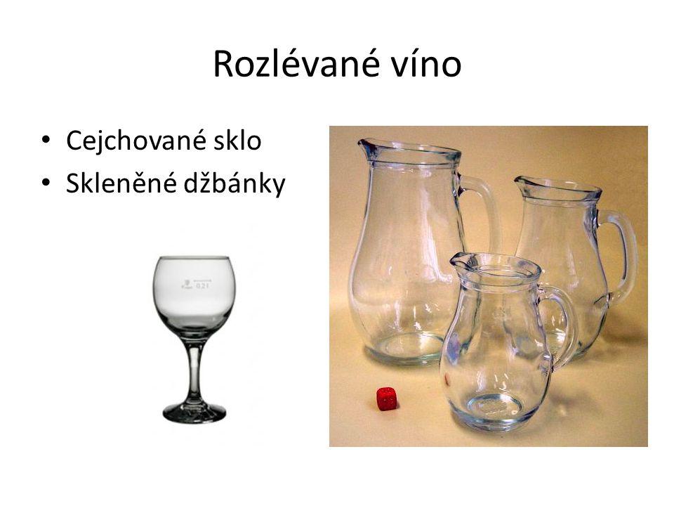 Rozlévané víno Cejchované sklo Skleněné džbánky