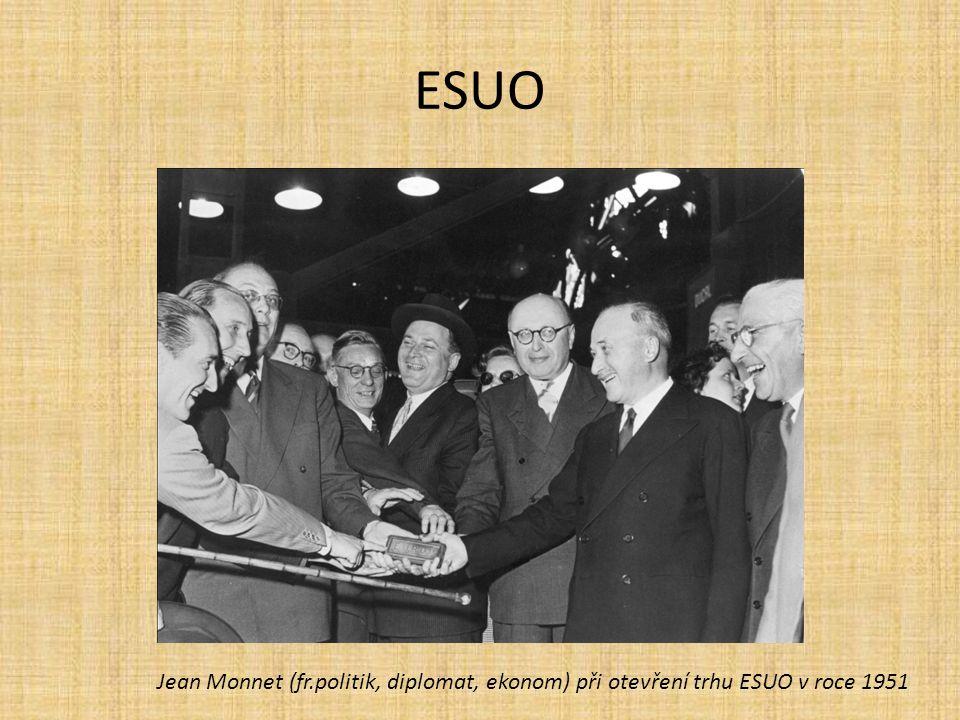 ESUO Jean Monnet (fr.politik, diplomat, ekonom) při otevření trhu ESUO v roce 1951