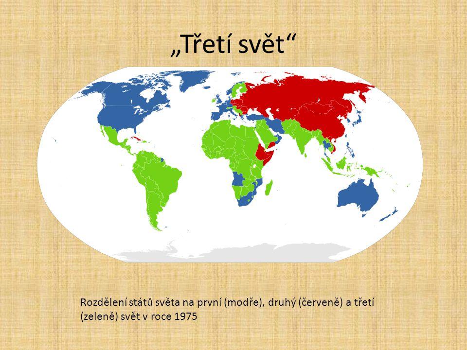 """""""Třetí svět"""" Rozdělení států světa na první (modře), druhý (červeně) a třetí (zeleně) svět v roce 1975"""