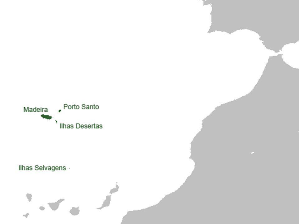 Madeira je portugalský ostrov, ležící v Atlantickém oceánu asi 580 km západně od pobřeží Maroka je součástí Madeirského souostroví, jež tvoří součást Makaronézie rozloha = 740,7 km² podle údajů žilo v roce 2006 na ostrově Madeira 244 286 stálých obyvatel, z toho v hlavním městě Funchal 100 847 obyvatel celé souostroví je portugalská autonomní oblast (od r.