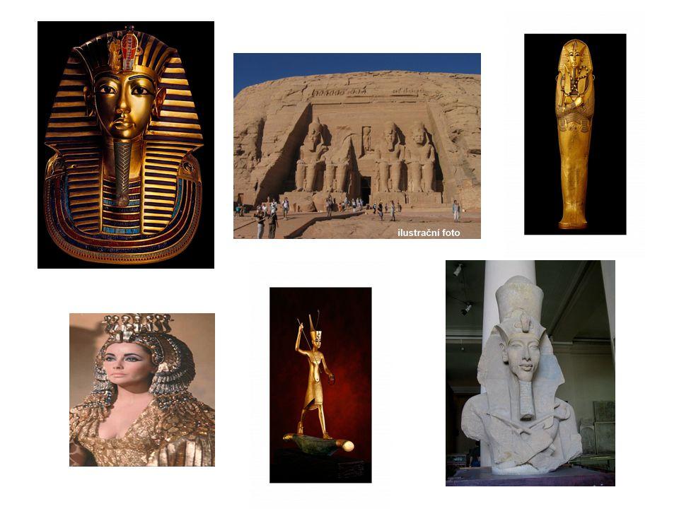 Vládli tam králové, kteří byli uctíváni jako žijící bohové.