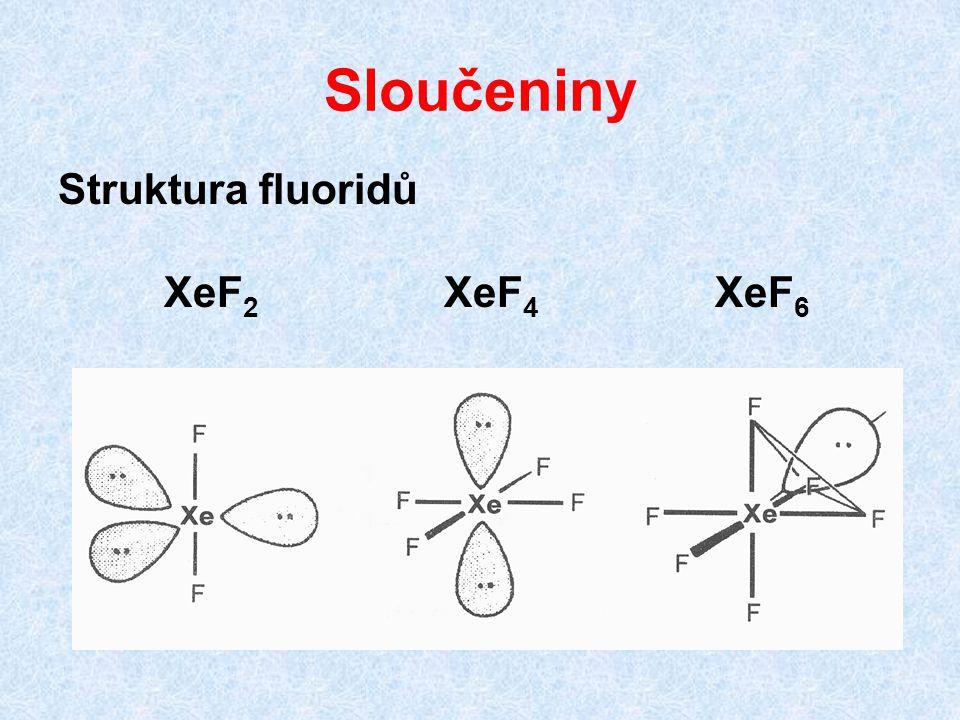 Sloučeniny Fluoridy bouřlivě reagují s vodou za vzniku oxifluoridů a oxidů XeF 6 + 3 H 2 O → XeO 3 + 6 HF 2 XeF 6 + 16 NaOH → Na 4 XeO 6 + Xe + O 2 + 12 NaF + 8 H 2 O Známy jak oxidy XeO 3 a XeO 4, tak kyseliny a odvozené soli, např.