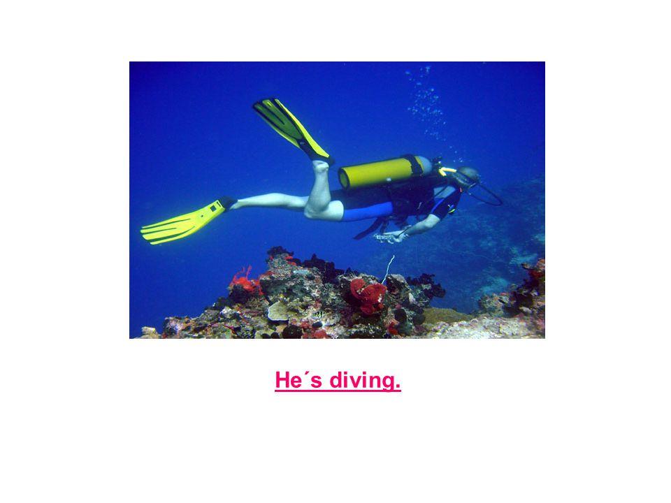 He´s diving.