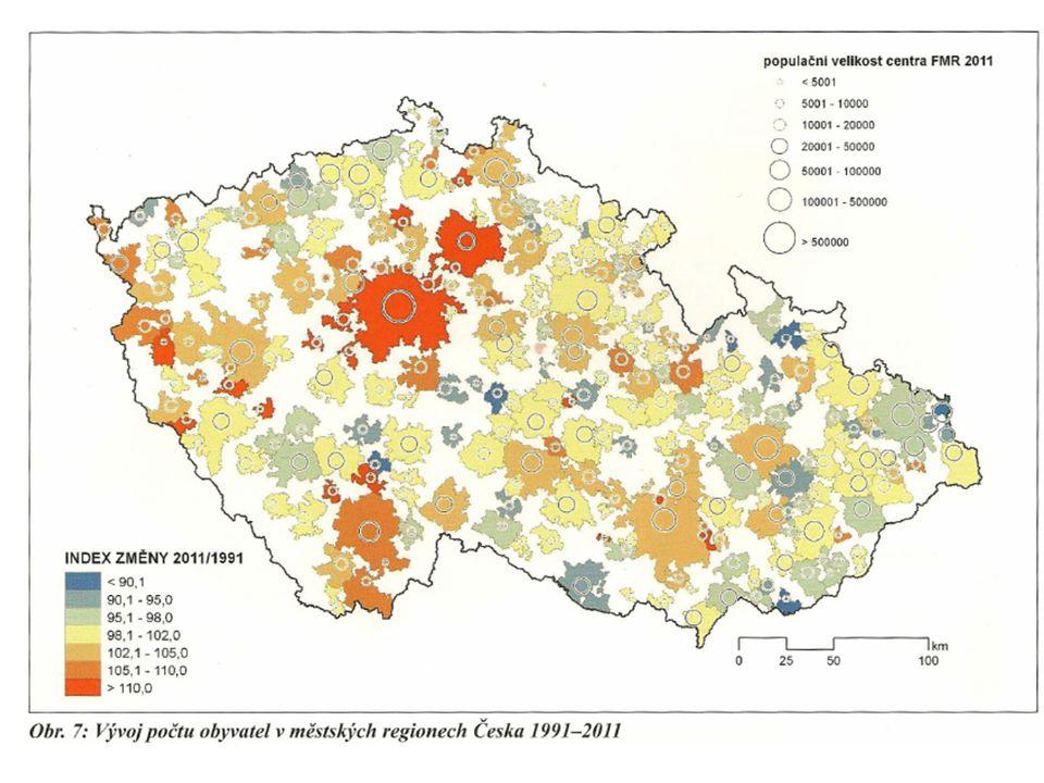 Hustota zalidnění ČR (2011) je 133 obyv./km 2 mezi kraji má nejvíce Moravskoslezský (227), nejméně Jihočeský (63), mezi městy nejvíce Praha (2,5 tis./km 2 ), Brno (1,6 tis.), Ostrava (1,0 tis.) a Plzeň (700) Velkoměsta v ČR (nad 100 tis.