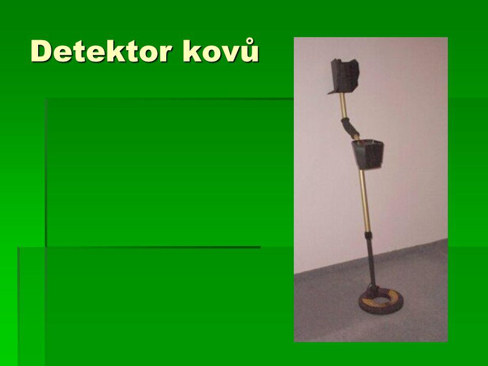 Detektor kovů