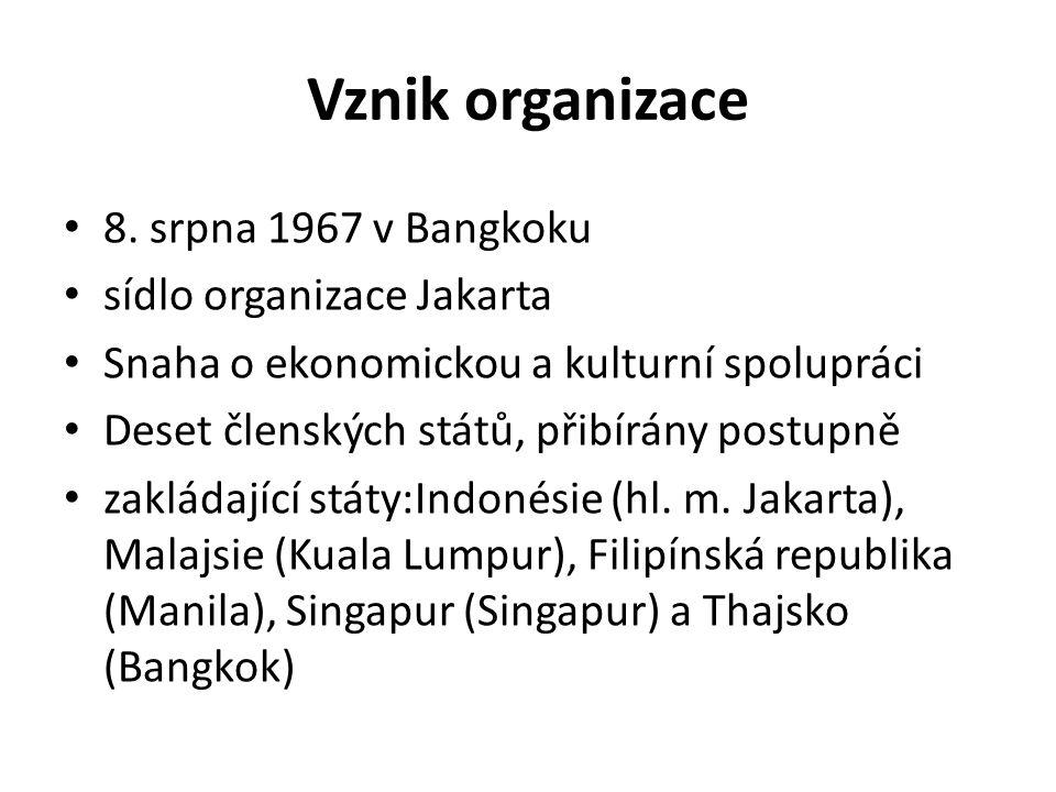 Vznik organizace 8. srpna 1967 v Bangkoku sídlo organizace Jakarta Snaha o ekonomickou a kulturní spolupráci Deset členských států, přibírány postupně