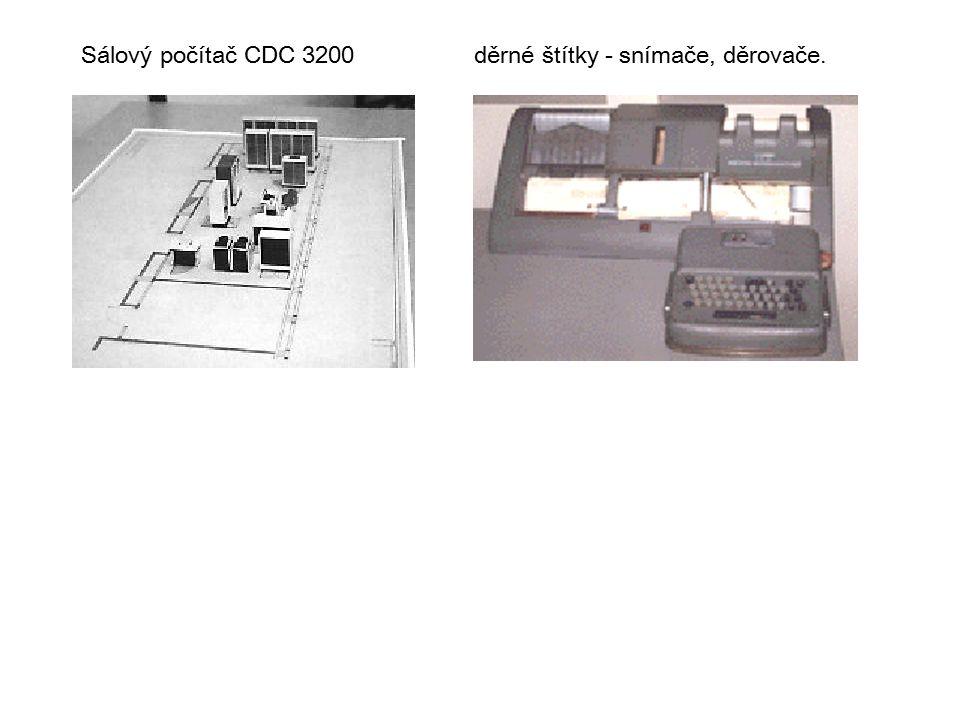 Sálový počítač CDC 3200děrné štítky - snímače, děrovače.
