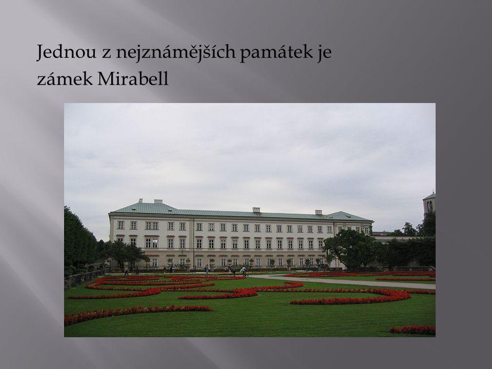 Jednou z nejznámějších památek je zámek Mirabell