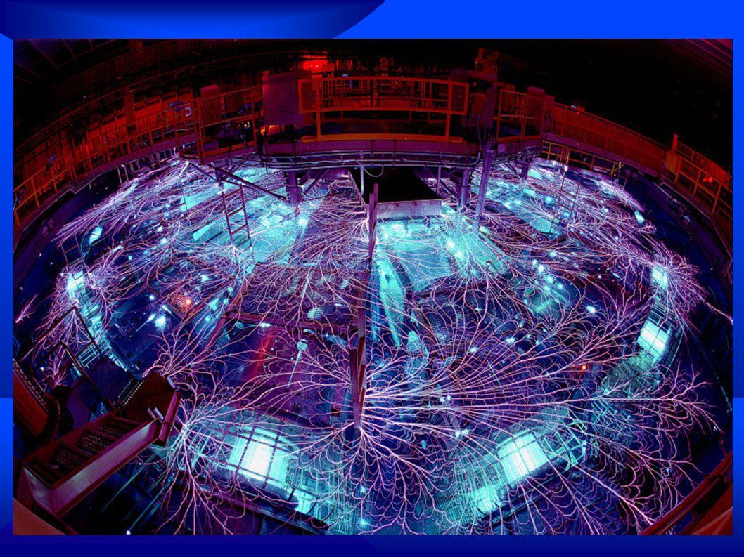 Druhy Termojaderné fúze ● Studená fúze  Také se označuje jako mezony katalyzovaná fúze  Sonoluminiscence  Fransworth-Hirsch fusor  Antihmotou inicializovaná fúze  Pyroelektrická fúze ● Horká fúze  Jinak také klasická TF za extrémních teplot a obřích tlaků