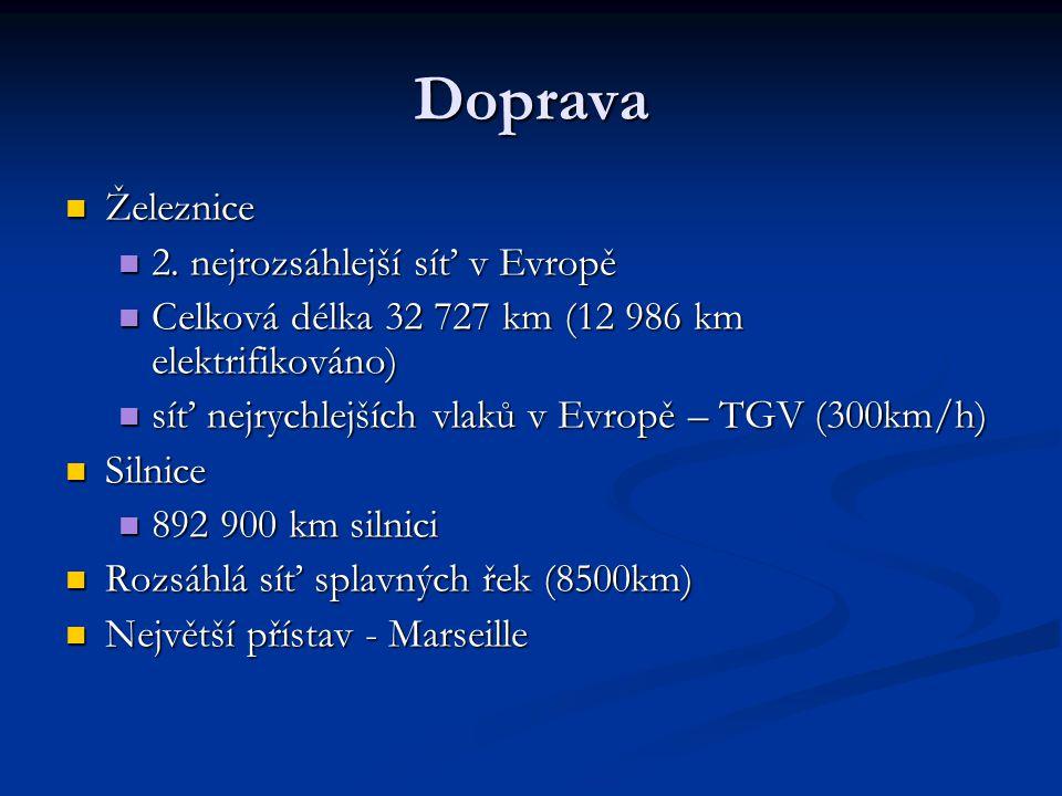 Doprava Železnice Železnice 2. nejrozsáhlejší síť v Evropě 2. nejrozsáhlejší síť v Evropě Celková délka 32 727 km (12 986 km elektrifikováno) Celková