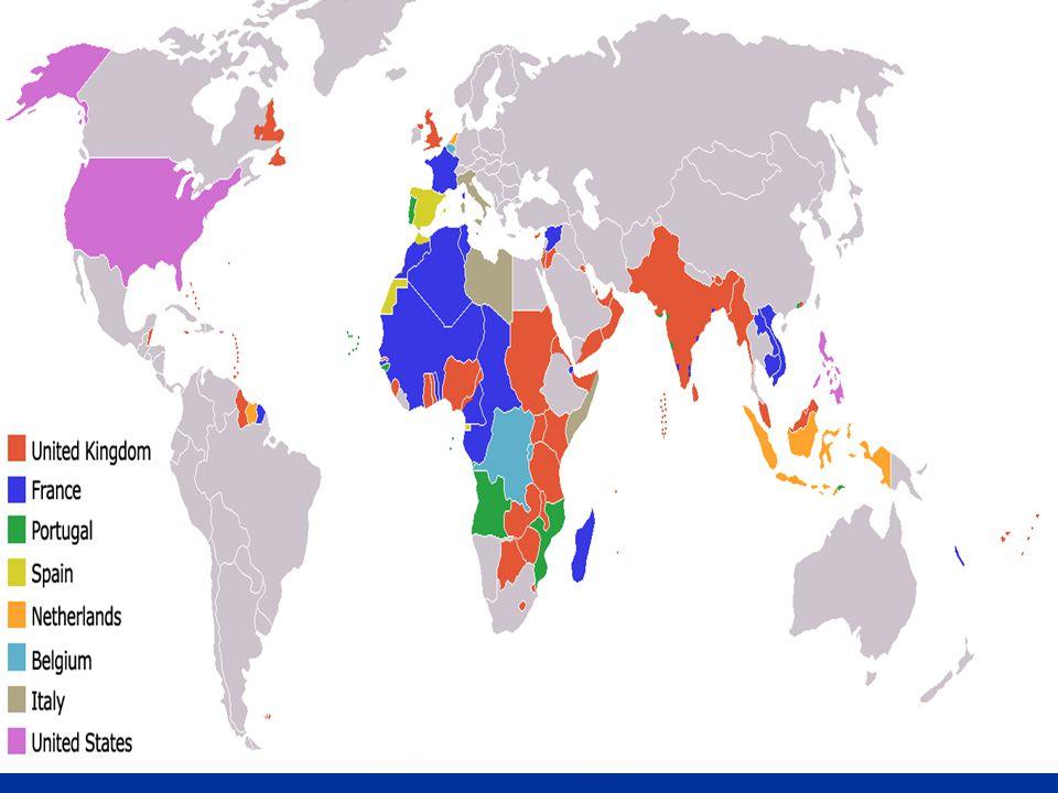Rozložení Francie 26 regionů, které se dělí na 100 departementů 26 regionů, které se dělí na 100 departementů V zámořských departementech je měnou euro, v zámořských územích Pacifický frank V zámořských departementech je měnou euro, v zámořských územích Pacifický frank Zámořské departementy – Guadeloupe, Francouzská Guyana, Martinik, Réunion Zámořské departementy – Guadeloupe, Francouzská Guyana, Martinik, Réunion Zámořské území – Nová Kaledonie, Francouzská Polynesie a Wallisovy ostrovy Zámořské území – Nová Kaledonie, Francouzská Polynesie a Wallisovy ostrovy Ostrov Korsika a několik dalších Ostrov Korsika a několik dalších