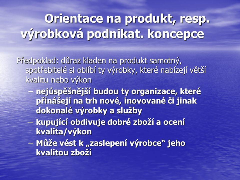 Srovnání prodeje a marketingu: MARKETINGOVÝ PROCES zahrnuje:  zjištění, co zákazník potřebuje,  vývoj výrobku/služeb k uspokojení těchto potřeb,  stanovení ceny v souladu s požadavky dodavatele a představou zákazníka,  distribuci výrobků/služeb k zákazníkovi  dohodnutí směny = PRODEJ