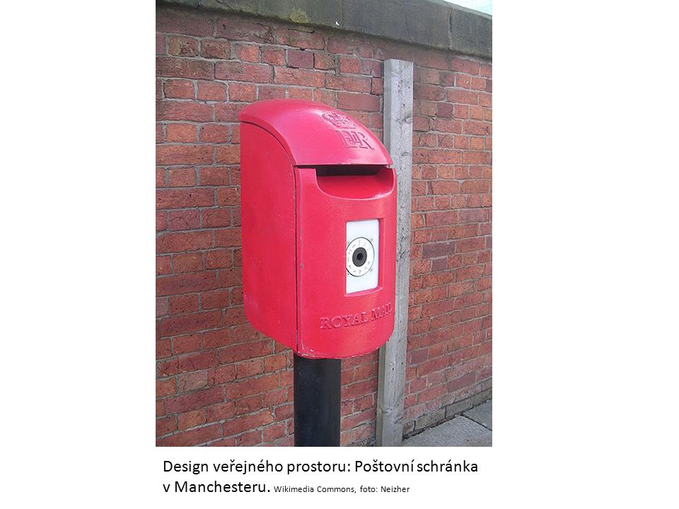 Design veřejného prostoru: Poštovní schránka v Manchesteru. Wikimedia Commons, foto: Neizher