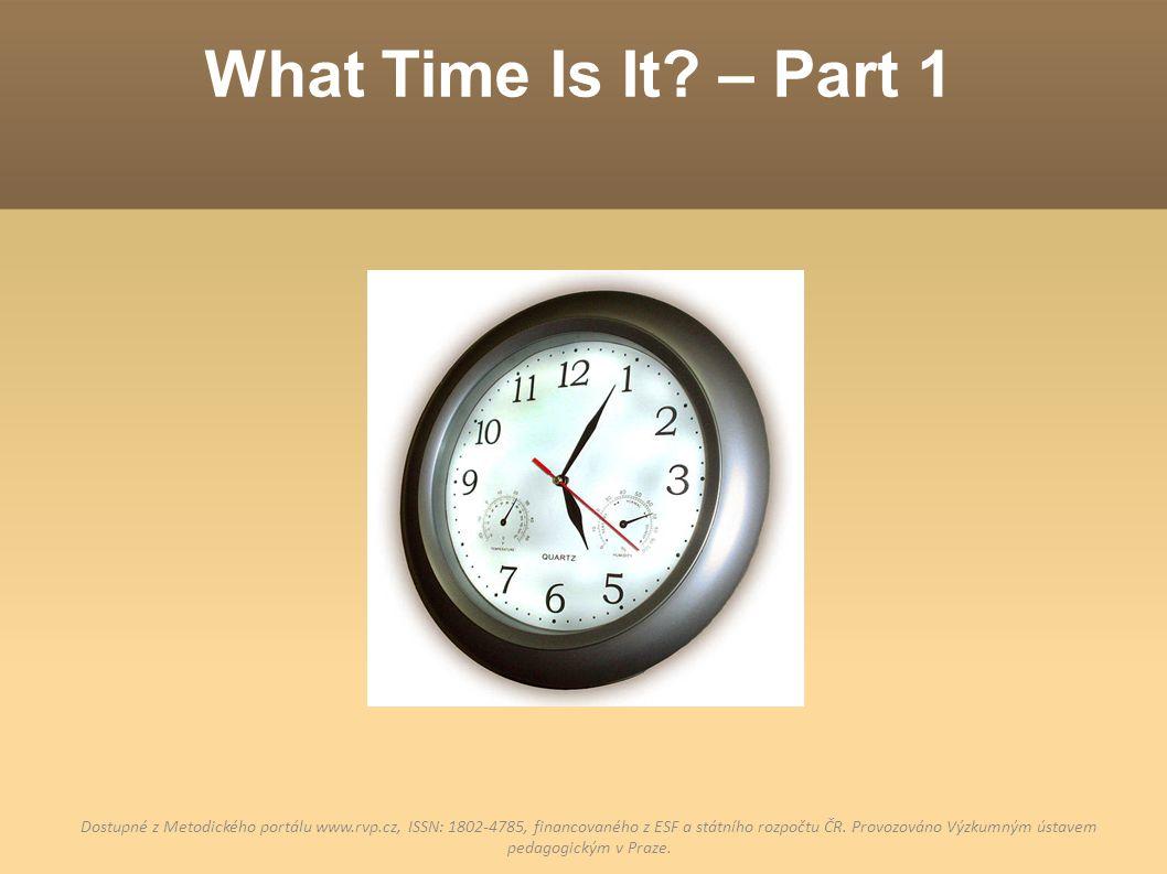 """1) Past/To PAST = PO """"past znamená """"po , proto ho budeme používat v první půlhodině TO = K, DO """"to znamená """"do , proto ho budeme používat až v druhé půlhodině PASTPAST TOTO Když je minutová ručička ve žluté polovině, říkáme PAST."""