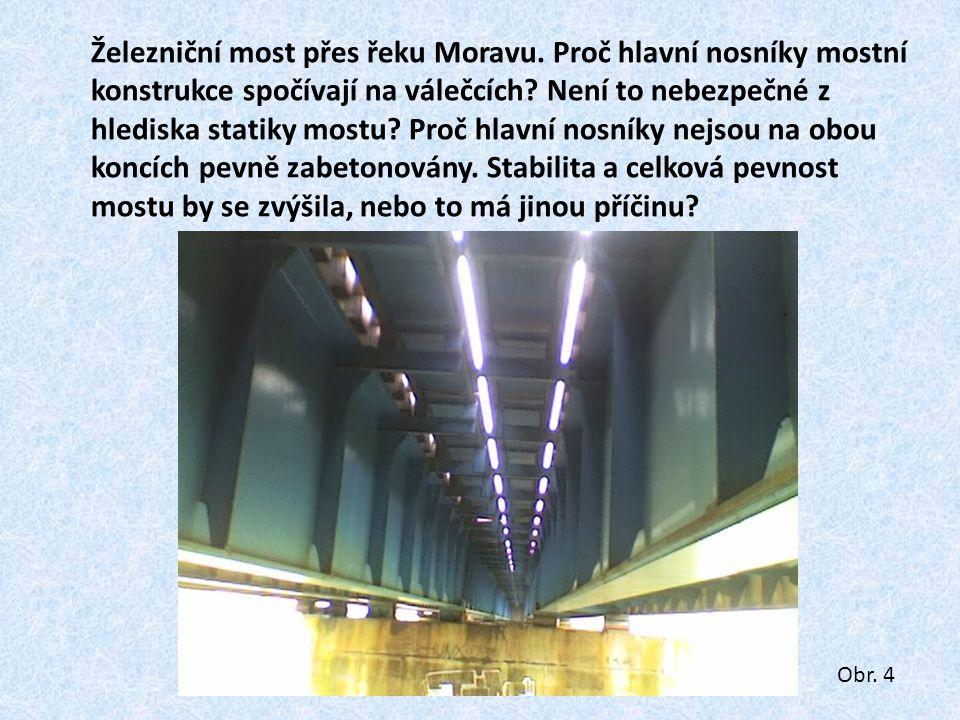 Konec konstrukce železničního mostu (most přes Moravu na trati Napajedla – Otrokovice).