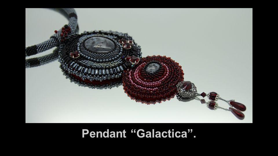 "Pendant ""Galactica""."