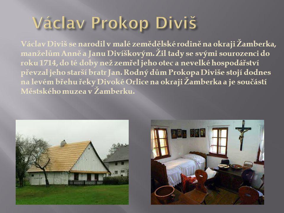Václav Diviš se narodil v malé zemědělské rodině na okraji Žamberka, manželům Anně a Janu Divíškovým.
