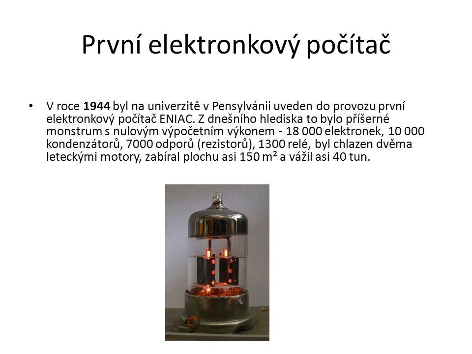 První elektronkový počítač V roce 1944 byl na univerzitě v Pensylvánii uveden do provozu první elektronkový počítač ENIAC. Z dnešního hlediska to bylo