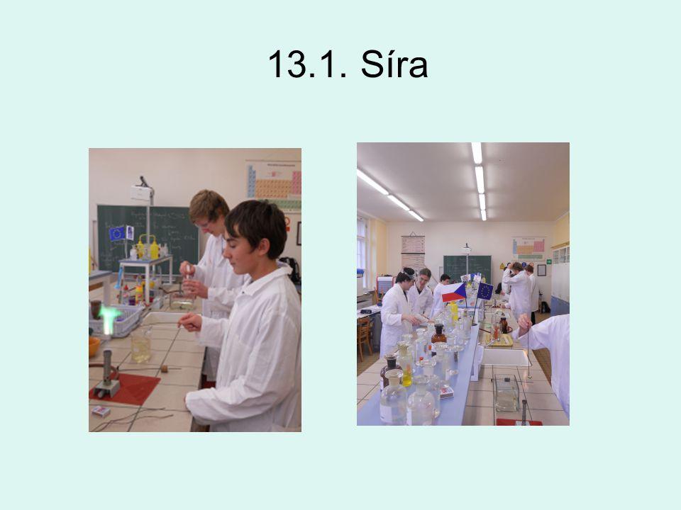 ZŠ Opava, Otická 10.1. Destilace roztoku skalice modré24.1 Chemické slučování a rozklad