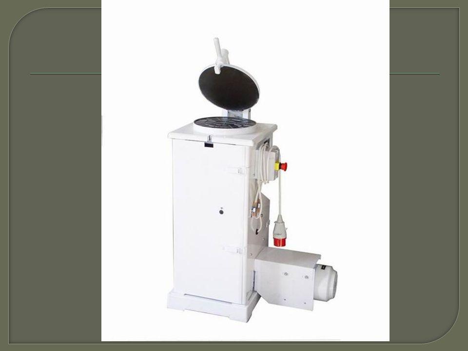 1) Popiš princip dělícího stroje 2) Jak se jmenuje stroj, který šoulí kousky těsta.
